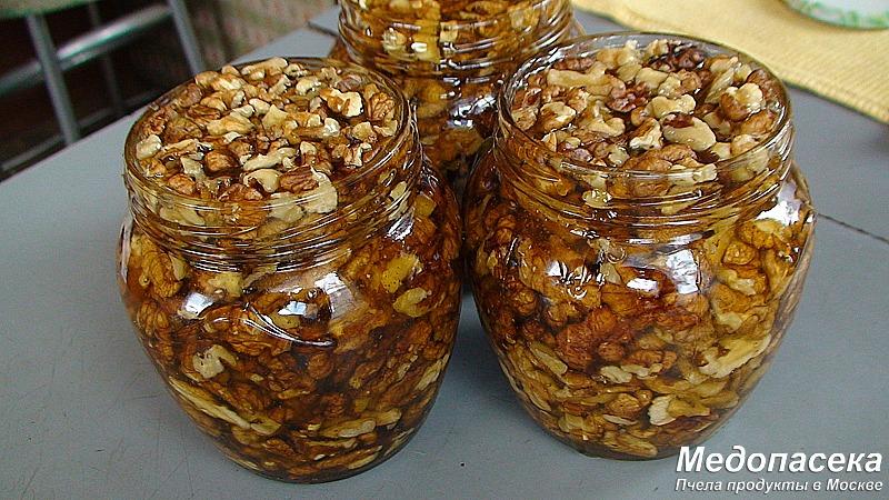 Купить натуральные орехи в меде.